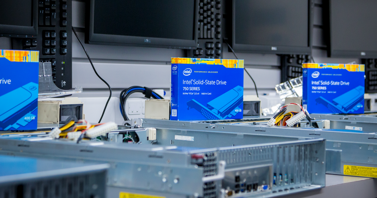 Dedicated Server hardware. Intel Solid-state Drive